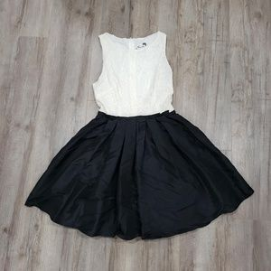 Juniors Black and White Dress